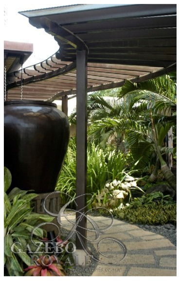 Large planter greets you as you enter the Trellised Walk going to the Bamboo Grove
